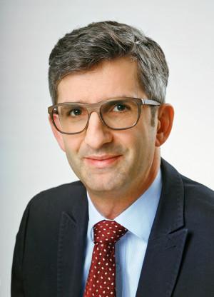 Dr. Köck